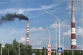 Черлакский лесхоз, который оштрафовали за нарушения требований законодательства об охране атмосферного воздуха в деятельности двух предприятий
